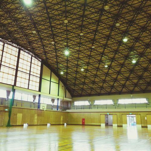 gymnasium 体育館 Gymnasium Illuminated Ceiling Architecture