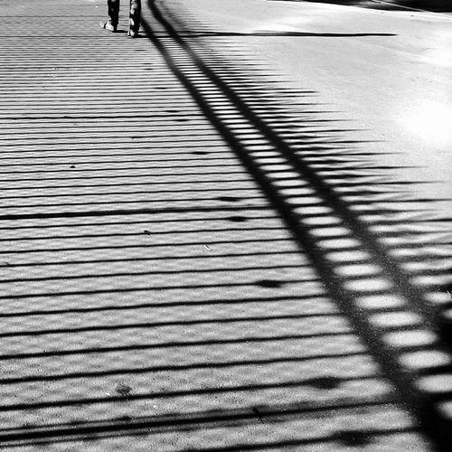 Bastille Blackandwhite EyeEm Best Shots Movilgrafias Ombre Sombras Unrecognizable Person Voyageur Zezeccampa