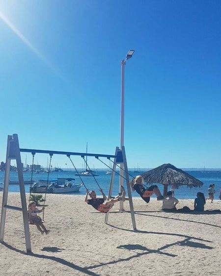 Beach Sunlight Sand Sky Sea Playground Water Day Kidsphotography Mar Cielo Sun Paisajes Foto Photography Niños Play Fun Diversion Childhood Eyeemphotography Scenics Real People Sol Blue