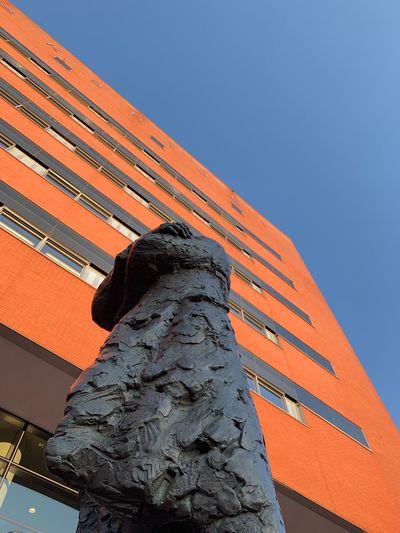 Statue Building
