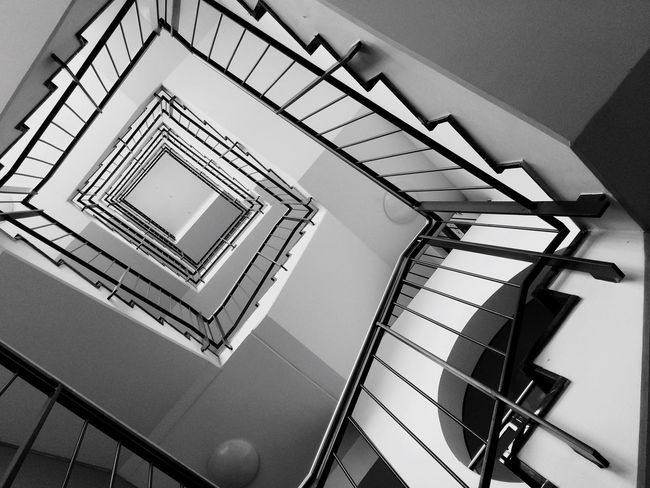 Stairway curving Architecture_collection Architectural Detail Architecture Stairway Stairs Black Black And White Black & White Dortmund Dortmund-hörde