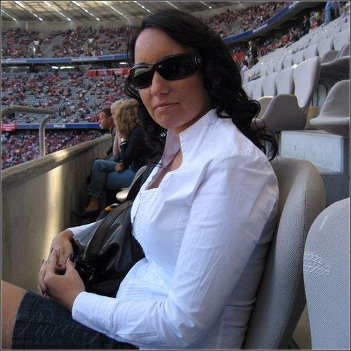 Comfortable seat at Allianz Arena Munich Chanel Fcbayern Bundesliga Allianzarena Woman Allianz FCB Longnails Munich Bayern München Shirt Beautiful Longhair Soccer Bavaria Football Dortmund BvB Seat Girl Blouse Germany Final Sunglasses Igersmunich Lady FC
