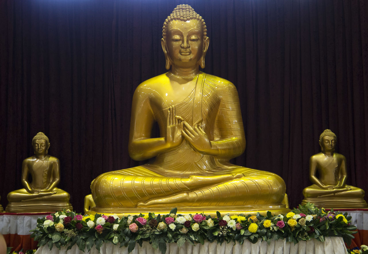 religion, statue, male likeness, sculpture, human representation, spirituality, gold colored, idol, golden color, gold, indoors, golden, no people