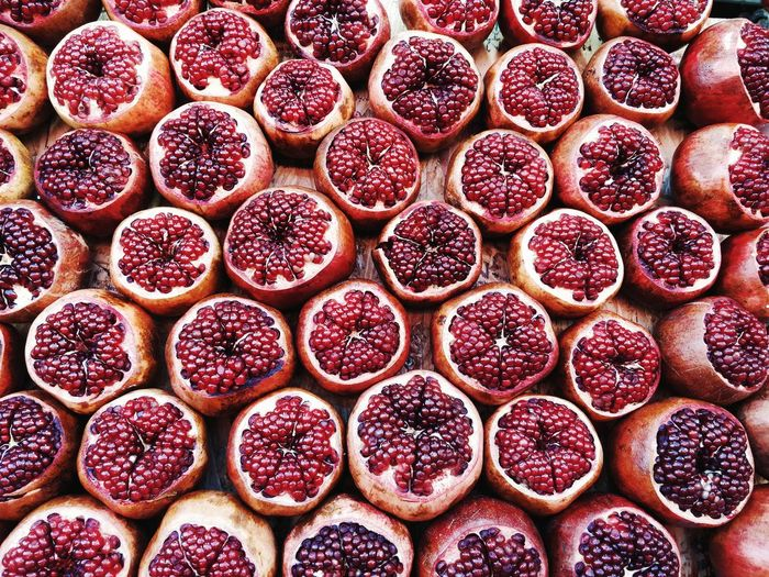 pomegranet Red Fresh Fruit Bordo Bacground EyeEm Selects Backgrounds Fruit Full Frame SLICE Close-up Food And Drink Pomegranate Seed Pomegranate 10