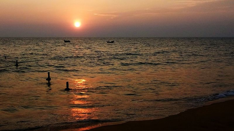 Kerala Beach Beach Sunset Relaxing Hopes And Dreams Beauty Mobile Photography GodsOwnCountry Seaside_collection Seashore Lonliest Place