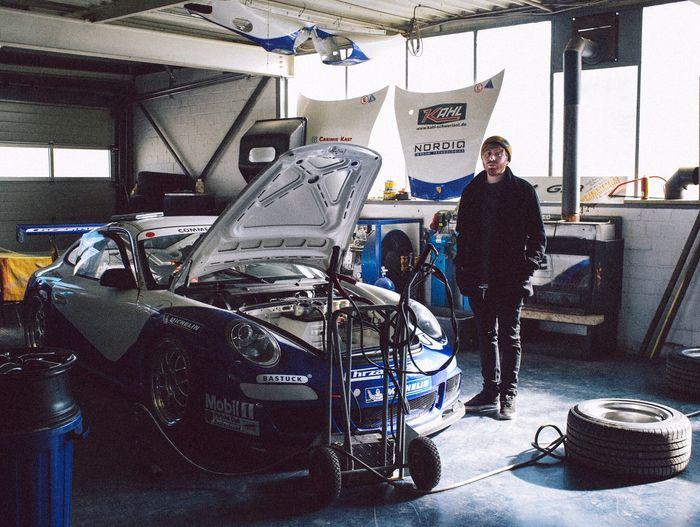 Portrait Color Portrait Werkstatt Racing Car Racing Porsche Sportscars