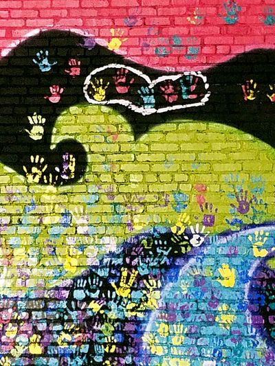 Hanging Out Taking Photos Check This Out Walking Around Taking Pictures Street Art/Graffiti Steetphotography CityEnjoying Life Tulsa Tulsa, OK Tulsa, Oklahoma Downtown Walking Around The City  Building Art Streetart Graffiti Wall Graffiti Art Building Artwork