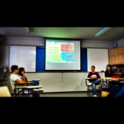 PET Letras convida debate: Verdade Tropical Tropicalia Petletras Ufu