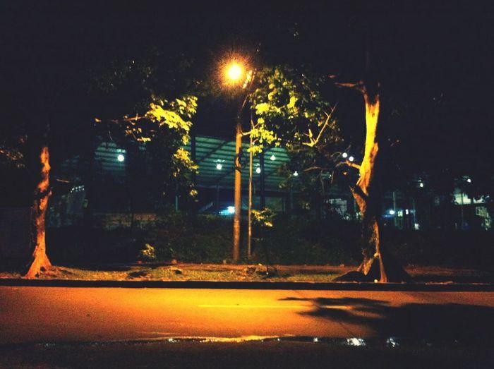 Vanishing Point all night long at Jl. Ahmad yani Bogor , Indonesia.... Warung Nagih Gor Pajajaran Bogor Ahmad Yani Street Bogor
