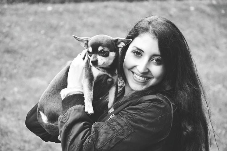 Good Morning! Live, Love, Laugh Animal Love Taking Photos Black & White Selfportrait Good Day Relaxing Chihuahualovers Chihuahua Love ♥ with Guizmo 😘