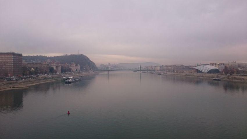 Duna Szabadság Híd Bálna Muegyetem Gellért Hegy
