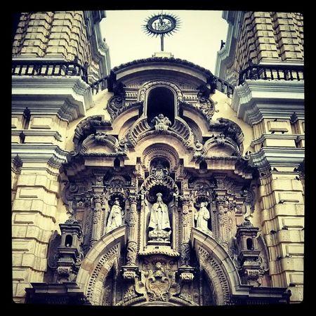 Visitando a San Benito | Centrodelima Downtown Sanfrancisco SanBenito Basilica Museo Museum Convento History Lima Peru