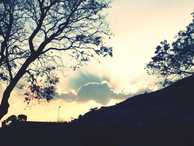 Sunset Hello World #sunset #sun #clouds #skylovers #sky #nature #beautifulinnature #naturalbeauty #photography #landscape ThatsMe