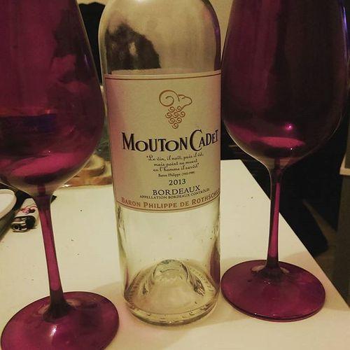 Le vin, il naît, puis il vit, mais point ne meurt en l'homme il survit BaronPhilippe MoutonCadet Wine Party Bordeaux