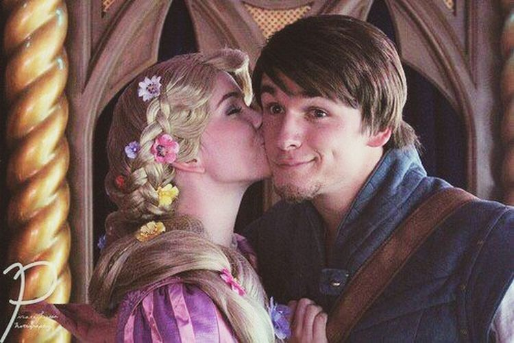 Tangled Love Disney Flynn Rapunzel