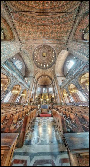 Synagogue Italy❤️ Italy Illuminated Religion Ceiling Symmetry Place Of Worship Architecture Architecture And Art Architectural Design Mural Tile Stained Glass Architectural Feature Architectural Detail Interior