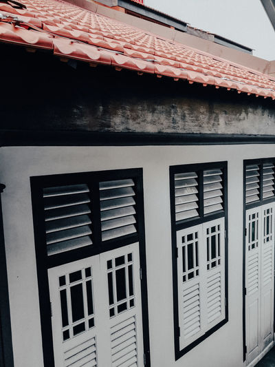 Black n White House Colonial Architecture Colonial Style Colonial Rooftop Roof Tile Roof Close-up Shutter Window Box Building Window Window Sill Exterior Residential Structure Closed Window Frame Latch Roof Beam Traditional Building Tiled Roof  Eaves TOWNSCAPE Housing Settlement