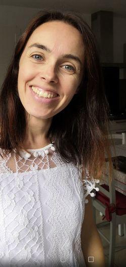 EyeEm Selects Young Women Portrait Smiling Beautiful Woman Happiness Looking At Camera Beauty Cheerful Headshot Medium-length Hair