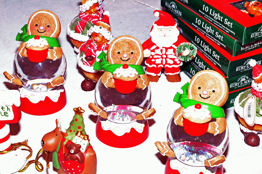 Gift Shop @ Gaylord Palms Resort 6 Kissimmee, Fl On Vacation Gingerbread Men🎄🛫👋☺