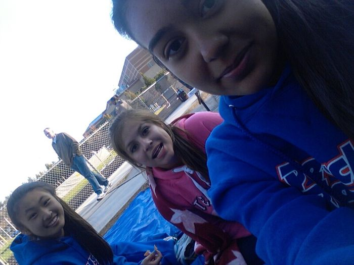 love these girls at the track meet on Thursday :))
