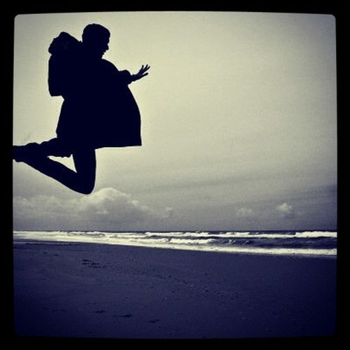 Share Your Adventure Jump Blackandwhite Hi! Beach