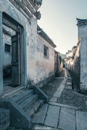深巷重门人不见,道旁犹自说程朱。 徽州 中国文化 古建筑 First Eyeem Photo