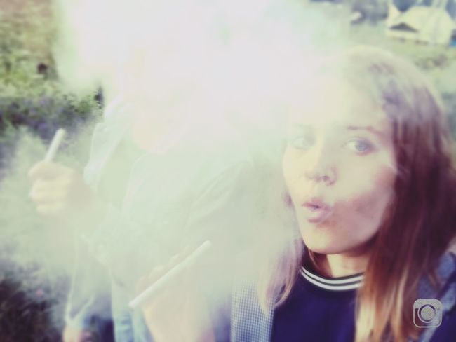 Make Me Smoke Sigarettes 4am Girls Girlswhosmokeweed Strangers Maybe Take A Photo Of Your Summer