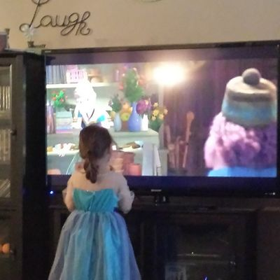 We watch Frozen in our Queenelsa costume. Every. Single. Day. ?