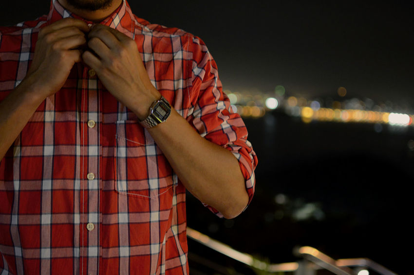 Button Up That's Me At Night Getting Inspired Eye4photography  Depth Of Field Bokeh Watch The Clock Sugarloaf Rio De Janeiro RePicture Masculinity Picturing Individuality Learn & Shoot: After Dark Pmg_jan