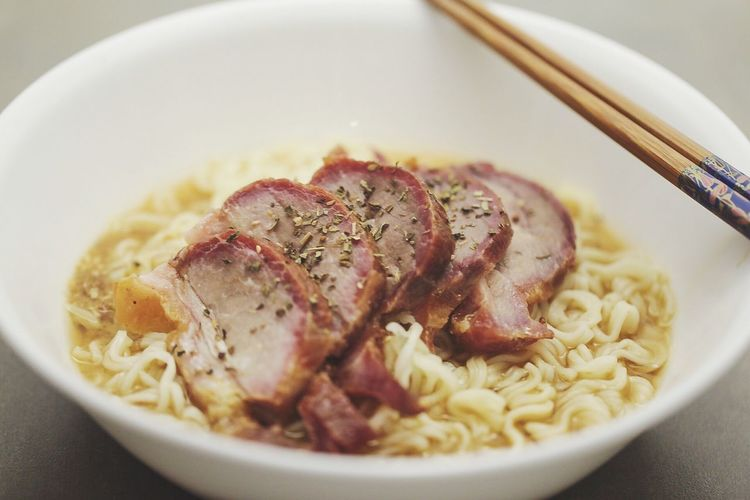 BBQ Pork noodles Eating Photo Photooftheday Foodphotography EyeEm Gallery EyeEm Best Shots Eyeemmarket Market Aurora Ontario, Canada Food And Drink Food Freshness Close-up Ready-to-eat Indoors  Wellbeing Bowl Healthy Eating Serving Size Chopsticks Plate Indulgence Meal No People Still Life