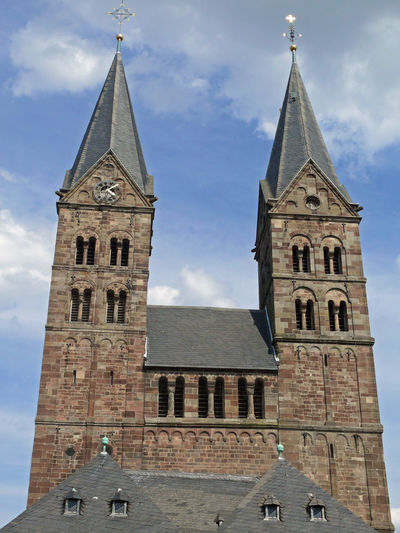 Architecture Building Exterior Built Structure Cathedral Church City Clock Clock Tower Day Dom Fritzlar Hanging Out Low Angle View No People Outdoors Place Of Worship Religion Sky Spirituality Tower Travel Destinations