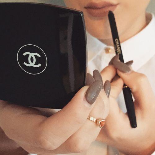 Coco Chanel Makeup Nails Lipliner Fashion Gorgeous Aesthetics Selfie Model Matte Lipstick
