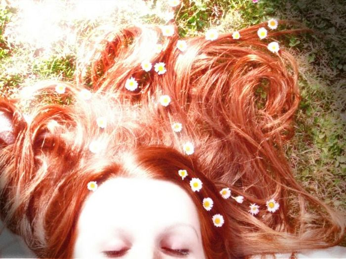 Let Your Hair Down Red Hair Flowers Ginger Myself Woman Portrait Relaxing Enjoying Life That's Me SPAIN Hello World Taking Photos Campo Nature Photography Laying Down Lay