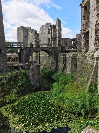 Architecture History Built Structure Sky Day Old Ruin Ancient Cloud - Sky Outdoors No People Ancient Civilization Raglan Castle Countryside Castles Moated Castle