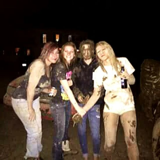 Had the greatest time last night! Saw some old friends, surrounded by big trucks and got muddy as hell. I need more of these nights 💖 Prettygirlsgetdirtytoo Mudrunners! Myfriends>yourfriends Goodtimes✌