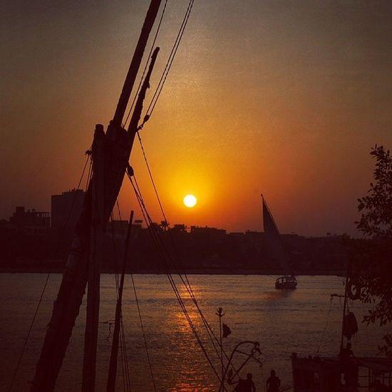 Sunset along the nile Randomphotoifound Nile Sunset Egypt Instamemory Perksofegypt Peluca