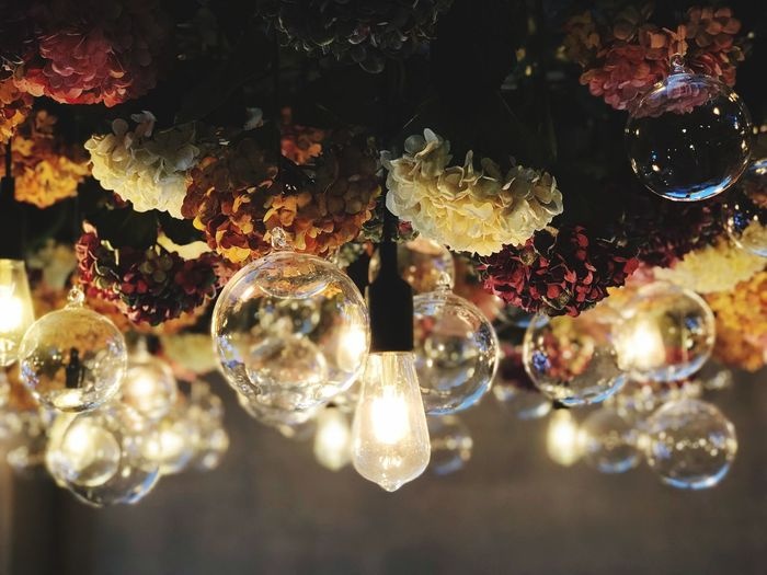 Idea No People Lighting Equipment Close-up Indoors  Wealth Luxury Hanging Glass - Material Elégance Decoration Selective Focus Transparent Bubble Chandelier Focus On Foreground Glowing Illuminated Shiny Full Frame Crystal