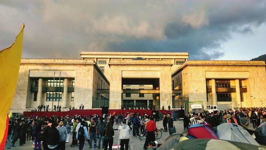 Plaza de Bolívar Bogotá DC - Architecture Arquitectura Lugares Destacados ILoveBogota