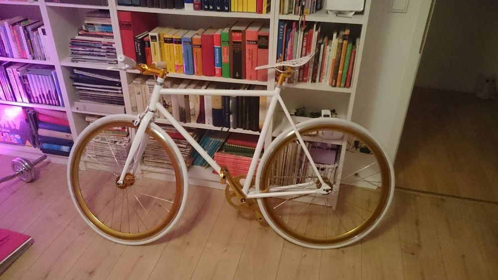 Beautiful Bike Fixie Singlespeed Books Goldencycle Berlin Goldenwhite