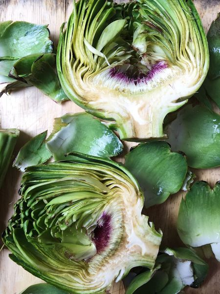 Artichoke cut in half, cleaned and ready to be cooked and eaten as a part of a healthy lifestile diet Artichoke Artichokes Cooking Cut Cut In Half Diet Food Food Green Growth Healthy Healthy Eating Healthy Lifestyle Home Cooked Home Cooking Leaf Nature Peal Ready To Cook Ready To Eat Vegetable Vegetarian Food