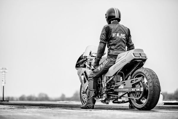 Burnout 1/4 Rottingham Drag Race 1/4 Mile Drag Racing Racing Schwarzweißfotografie Blackandwhite Motorcycle Suzuki Motorcycles Motorsport