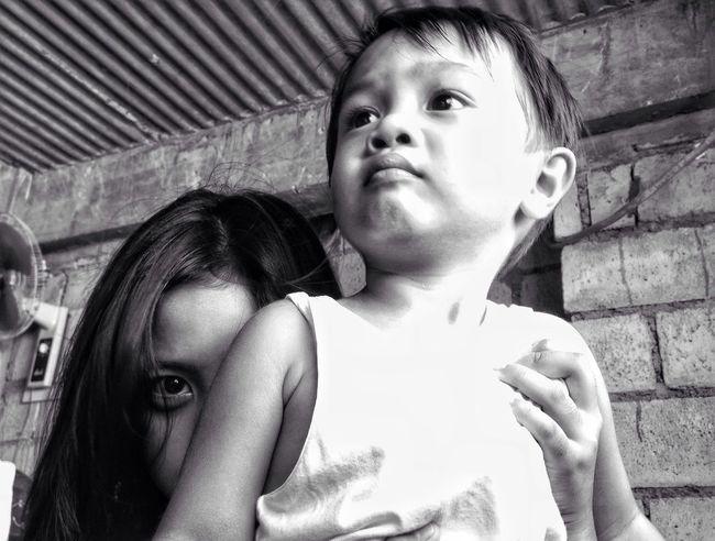 I see you // Eyeem Philippines Kids Baby Sitting Blackandwhite Eyeseeyou Creepy Black And White Childhood Eye B&w Mobilephotography Check This Out (null)EyeEm Gallery EyeemPhilippines Nahh