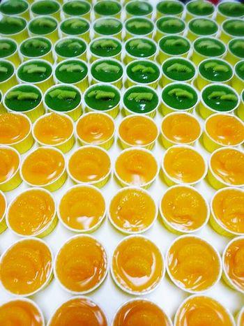 Cupcakes orange & kiwi.