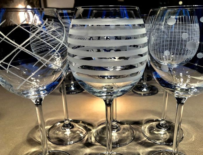 Glass Indoors  Close-up Wineglass Food And Drink Glass - Material My Best Photo Household Equipment Transparent Refreshment Still Life Alcohol Wine Drinking Glass Reflection Champagne Flute Side By Side Arrangement Table Drink No People