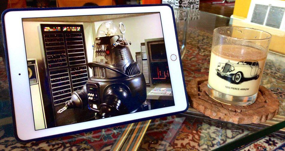 Ipad Full Frame Koduckgirl Eggnog Iphone7 Tvshow Watching Columbo Columbo