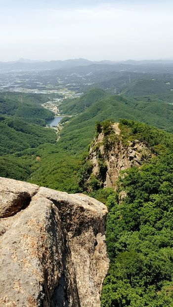 Landscape Scenics High Angle View Hill Day Nature No People Outdoors Tree Sky Beauty In Nature Plant Mountain Mountain Peak Top Of The Mountain Beauty In Nature Rock