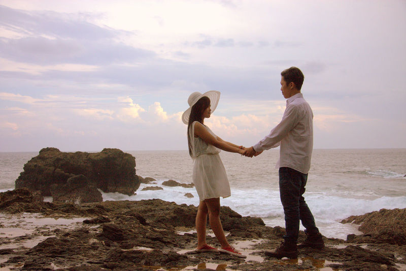 the vow Beauty In Nature Cloud - Sky Horizon Over Water Nature Pre Wedding Sea Sky Standing Vacations Vow