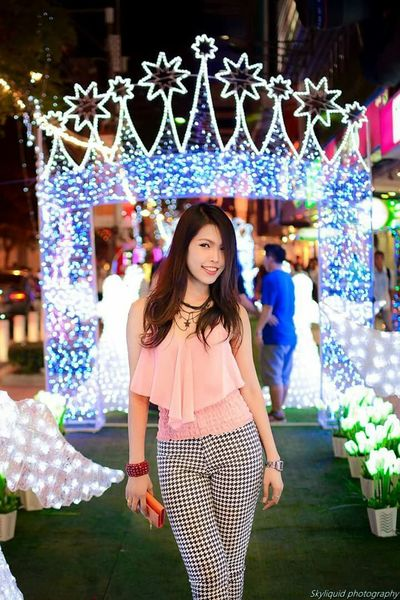 During christmas, all the malls in Bangkok decorate the streets with lights. Girlfriend Model Beautiful Pretty Thai Thailand Siam Square Lights