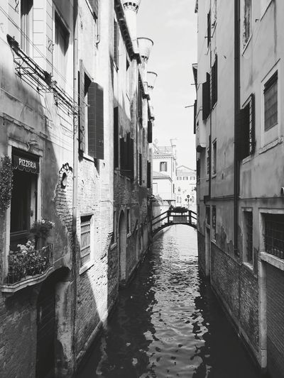 EyeEm Gallery Old Buildings EyeEm Selects Oneplus5 EyeEm Best Shots Venice Venezia Reflection Cityscape Building Exterior Water Nautical Vessel Black And White Photography Brige Over River