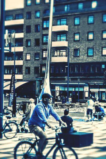 Bikecycle Blue Eskilstuna-streetphotography